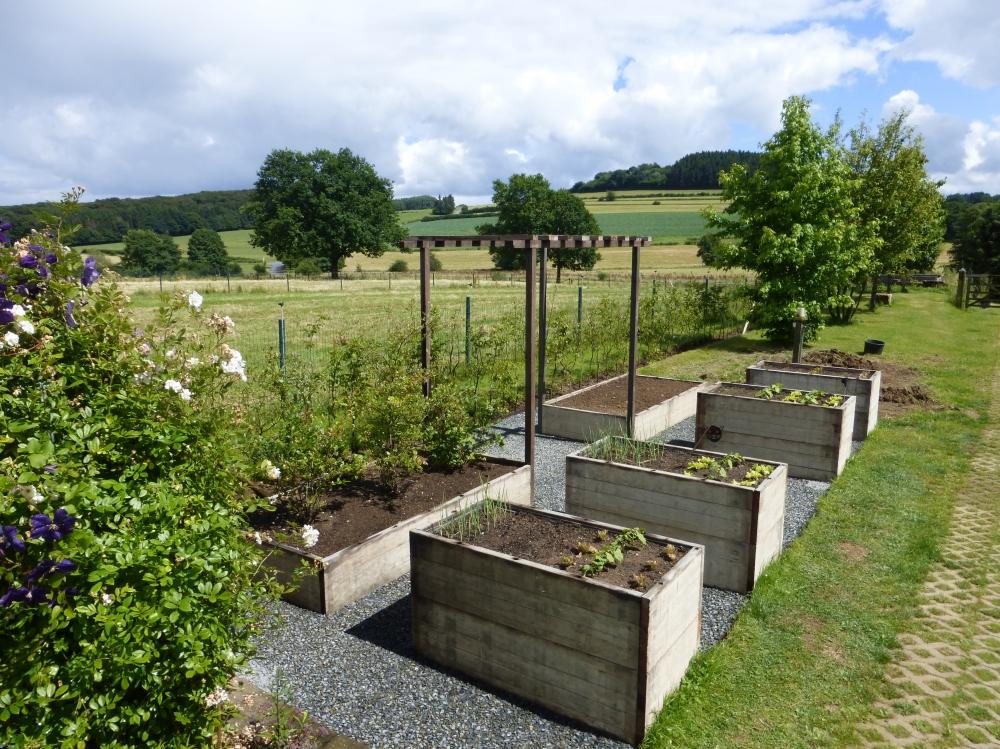 Cr ations jardin utilitaire auxylence entreprise et for Architecture de jardin